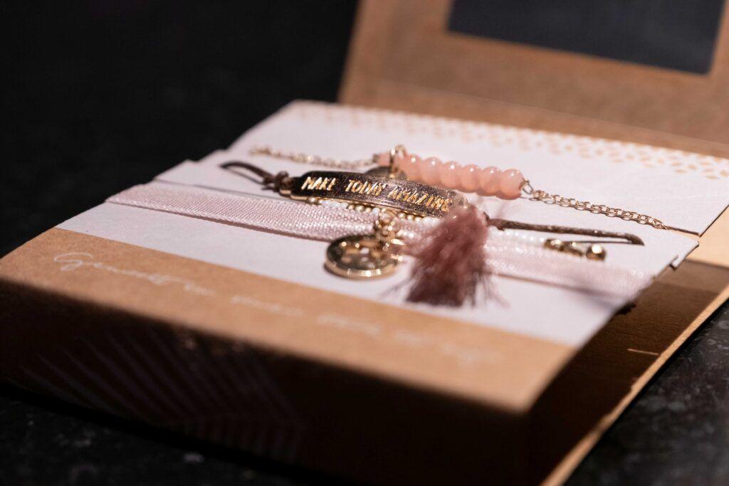 pink ribbon 11